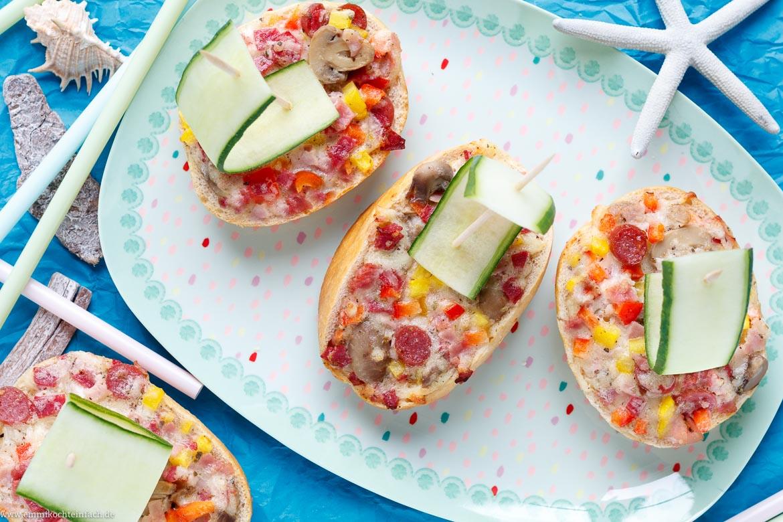 Pizza-Schiffchen - Der Schnelle Snack Für Die Kinder-Party über Schnelles Für Das Abendessen Beim Kindergeburtstag Rezepte