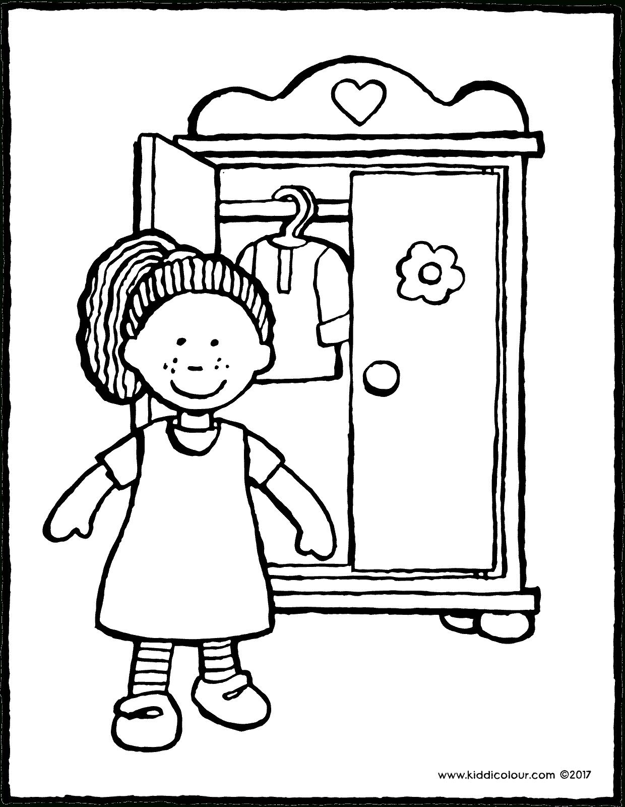 Puppe Mit Kleiderschrank - Kiddimalseite in Ausmalbilder Puppe