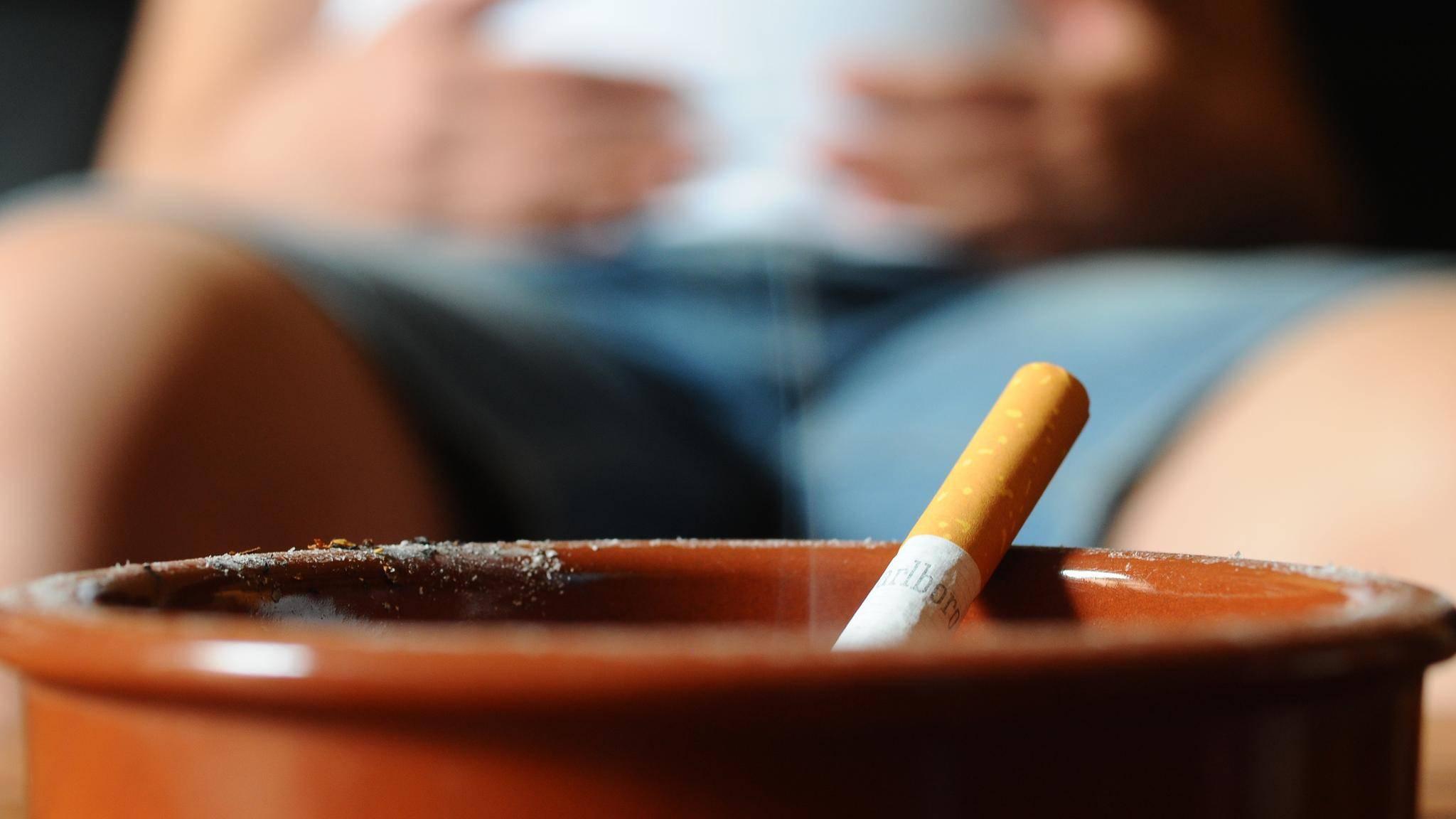 Rauchen In Der Schwangerschaft: Das Sind Mögliche Folgen ganzes Warum Sollten Schwangere Nicht Rauchen
