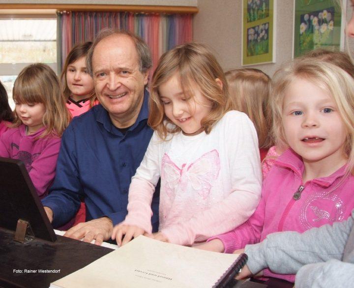 schule und familie  kinderbilderdownload  kinderbilder