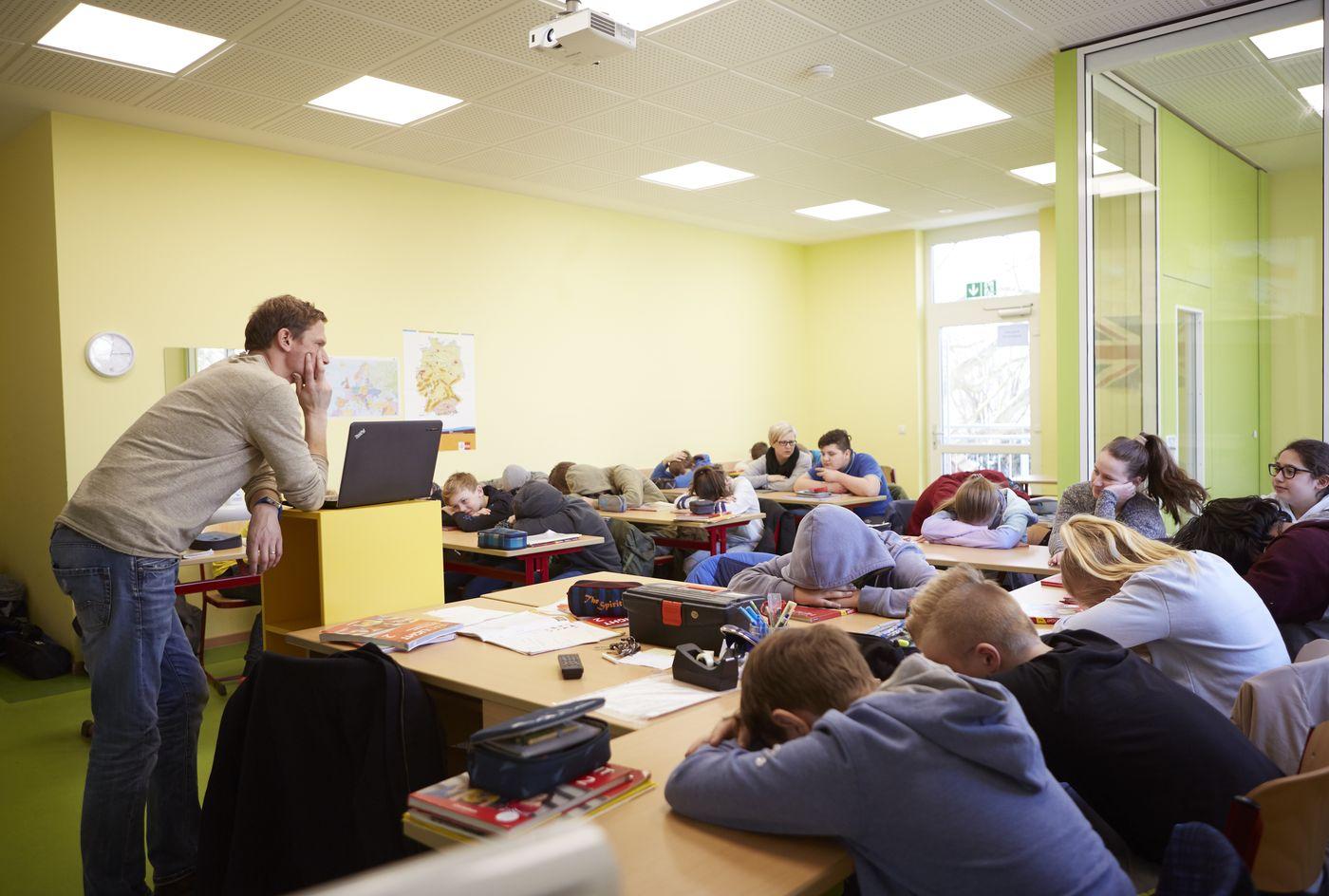 Schulverweigerung :: Cjd - Die Chancengeber ganzes Kind Verweigert Schule