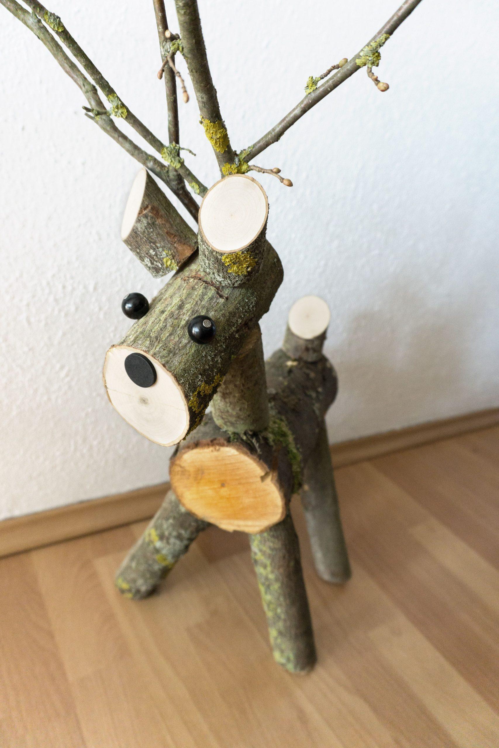 Selbstgebasteltes Rentier Aus Holz | Diy Geschenke Holz in Holzarbeiten Mit Kindern Selber Machen