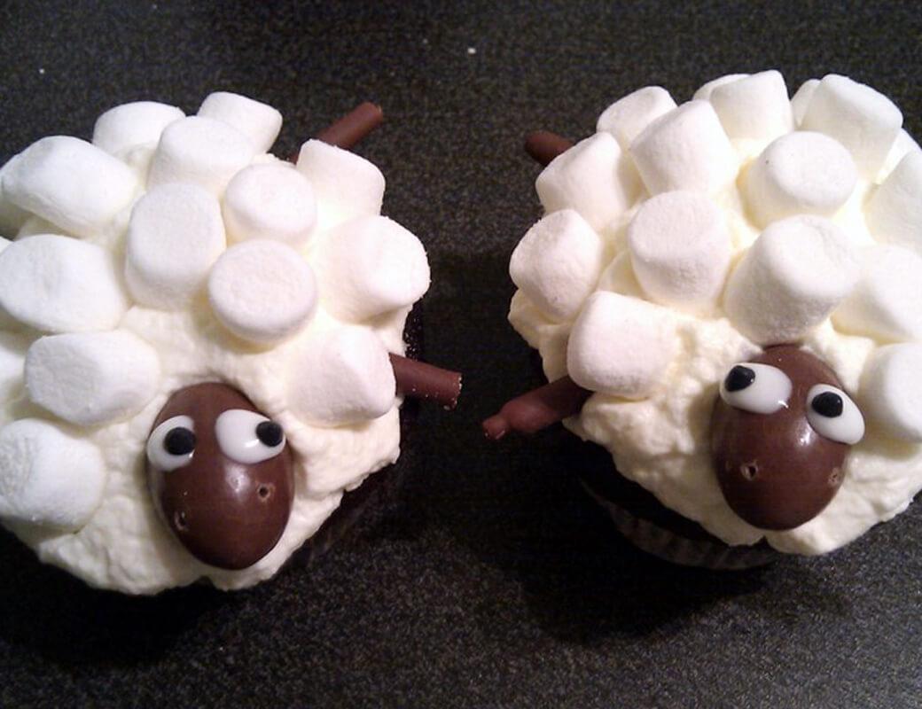 Sheep Cupcakes mit Muffin Rezept Kindergeburtstag Einfach