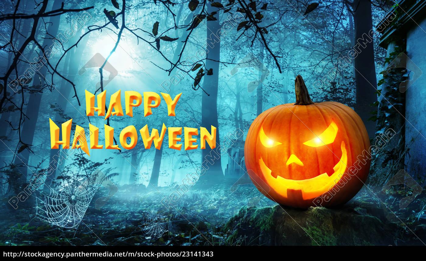 Stockfoto 23141343 - Happy Halloween über Happy Halloween Schriftzug