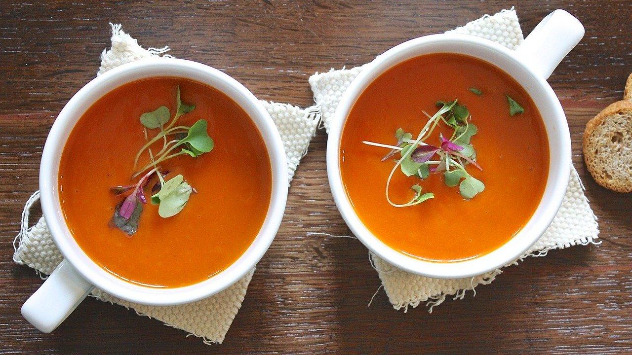 Tomatensuppe Aus Frischen Tomaten: Ein Einfaches Rezept mit Tomatensuppe Selber Machen Mit Frischen Tomaten