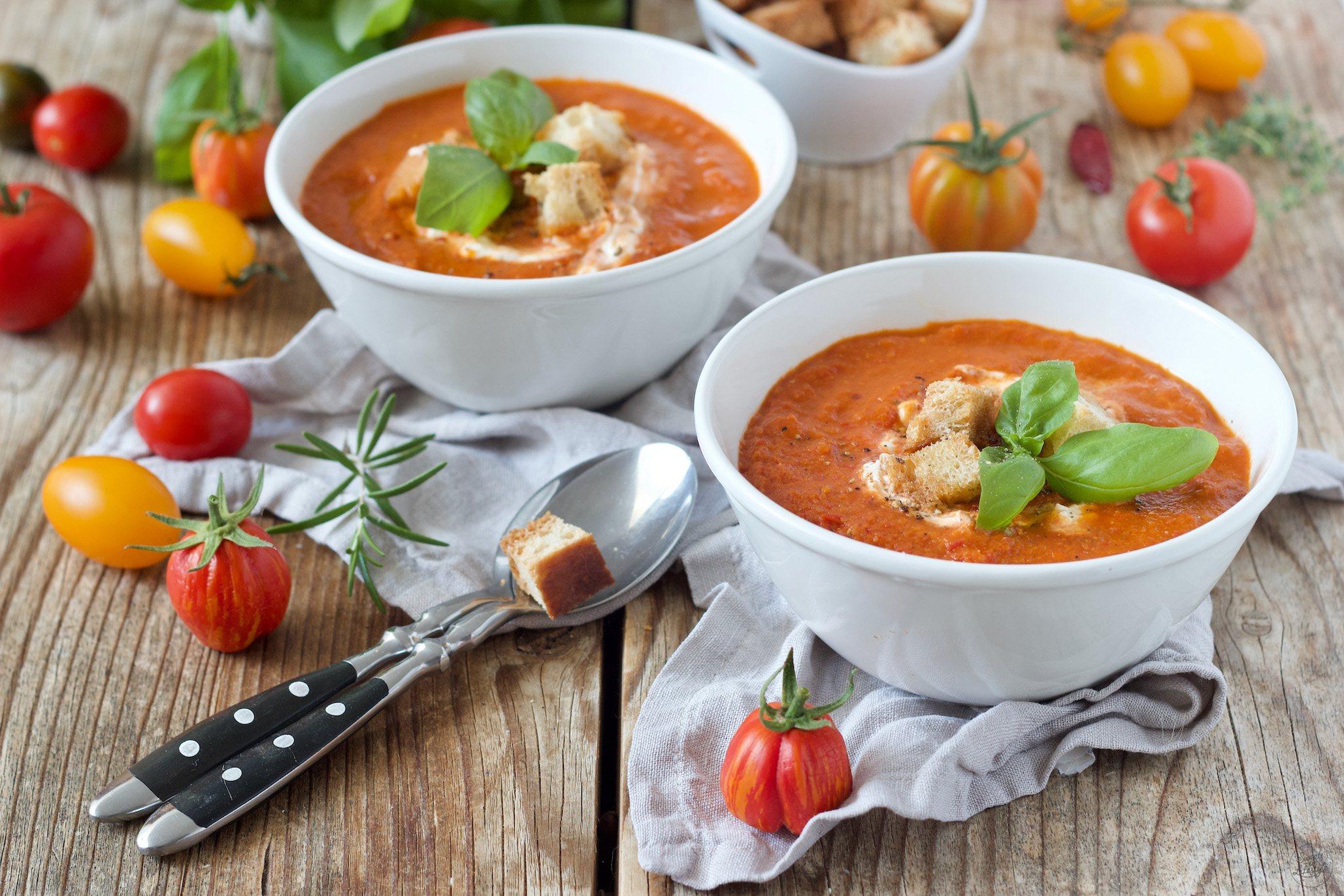 Tomatensuppe Aus Frischen Tomaten - Rezept - Sweets & Lifestyle® bei Rezepte Tomatensuppe Aus Frischen Tomaten