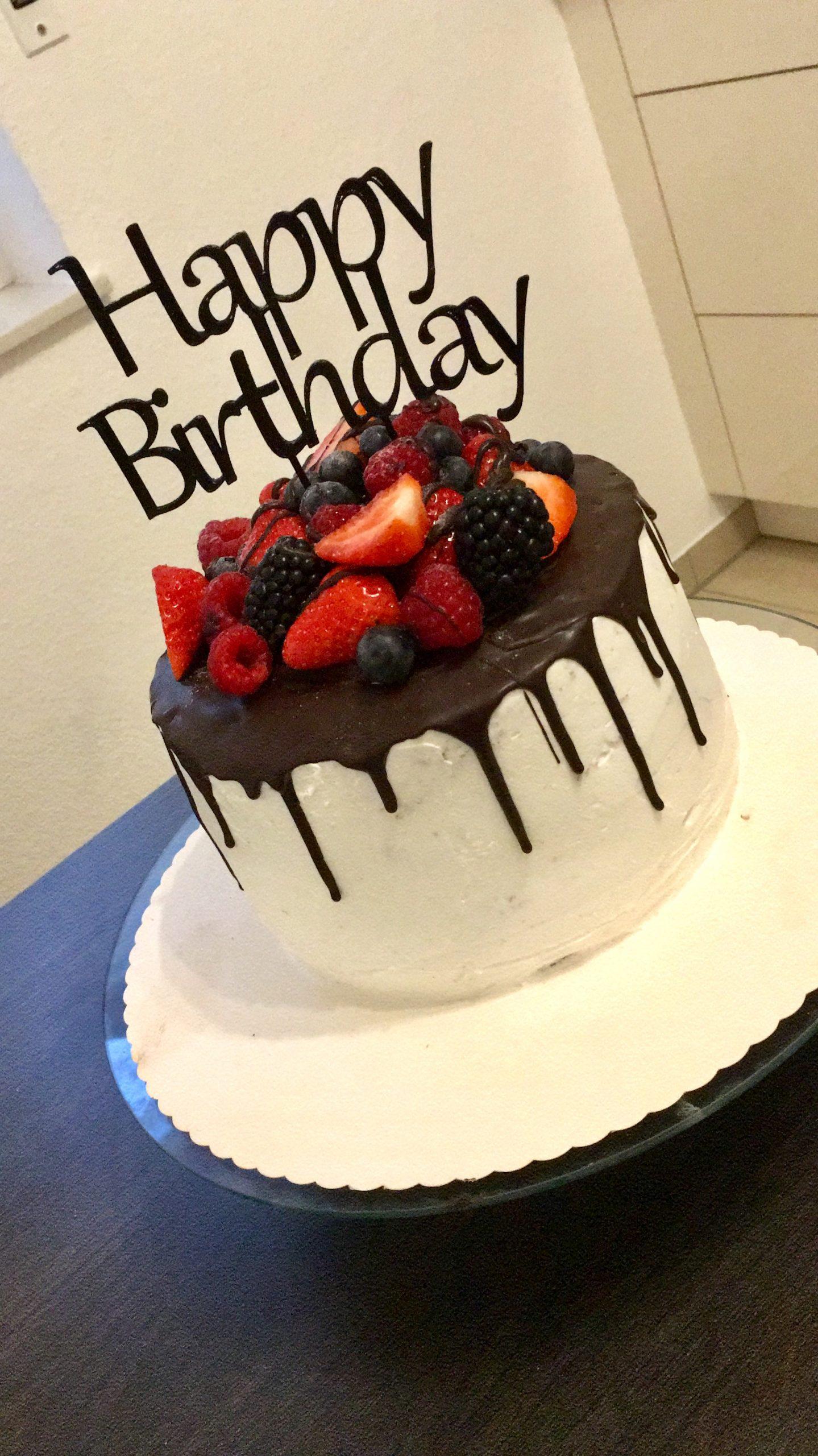 Torten-Topper Happy Birthday Ausgedruckt - Weiß-0100-01-W bestimmt für Torte Happy Birthday