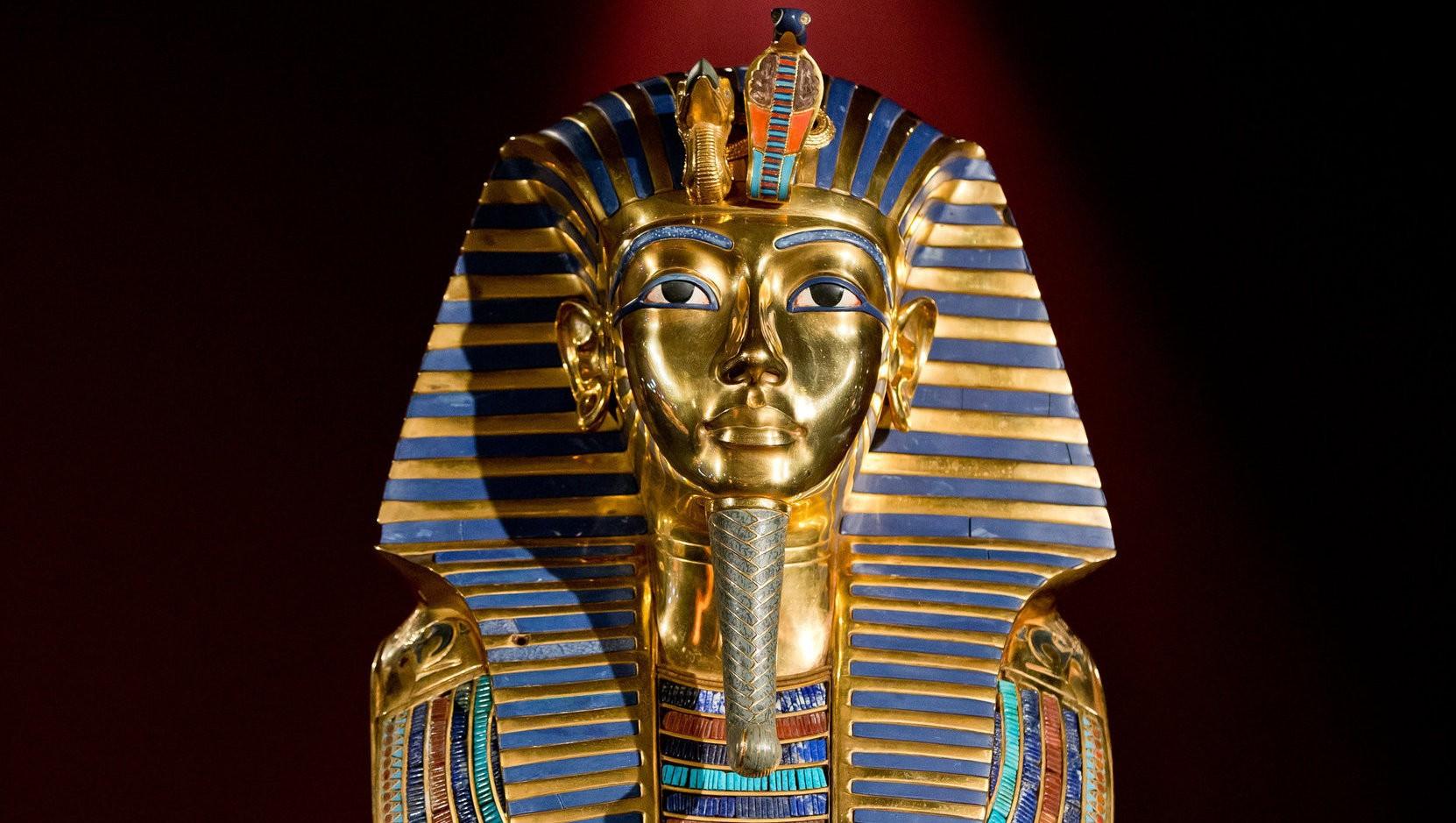 Totenmaske Von Pharao Tutenchamun Wird Restauriert | Krone.at mit Pharao Totenmaske