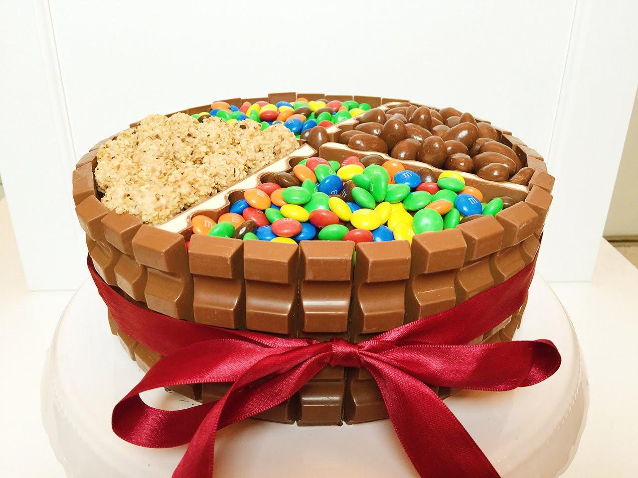 Video Und Rezept: Kinderschokoladen Torte, Ein | Club Of Cooks innen Geburtstagstorte Für Kinder