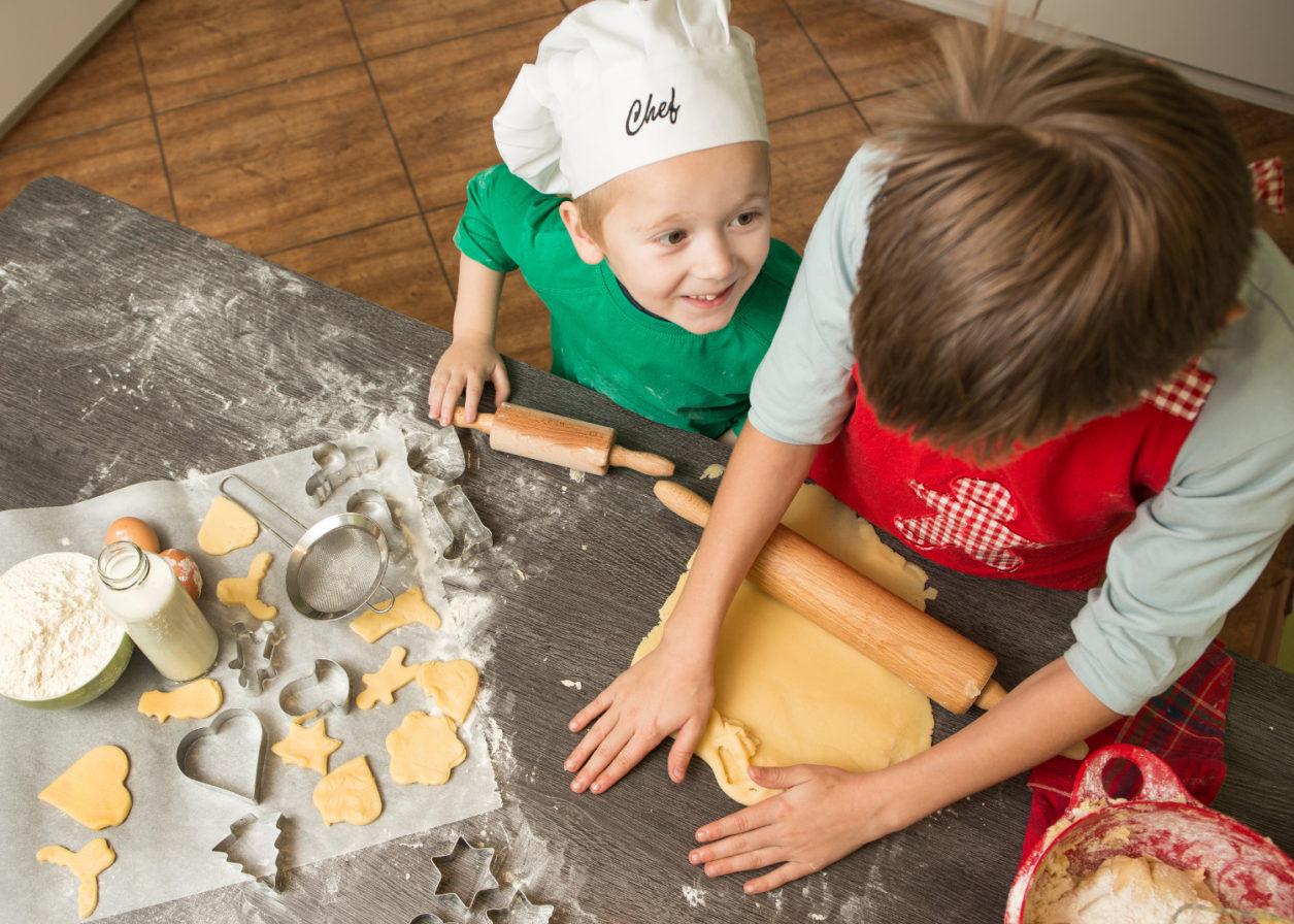 Weihnachtsbäckerei | Backen Mit Kindern | Auf Die Plätzchen über Backen Mit Kindern Weihnachten