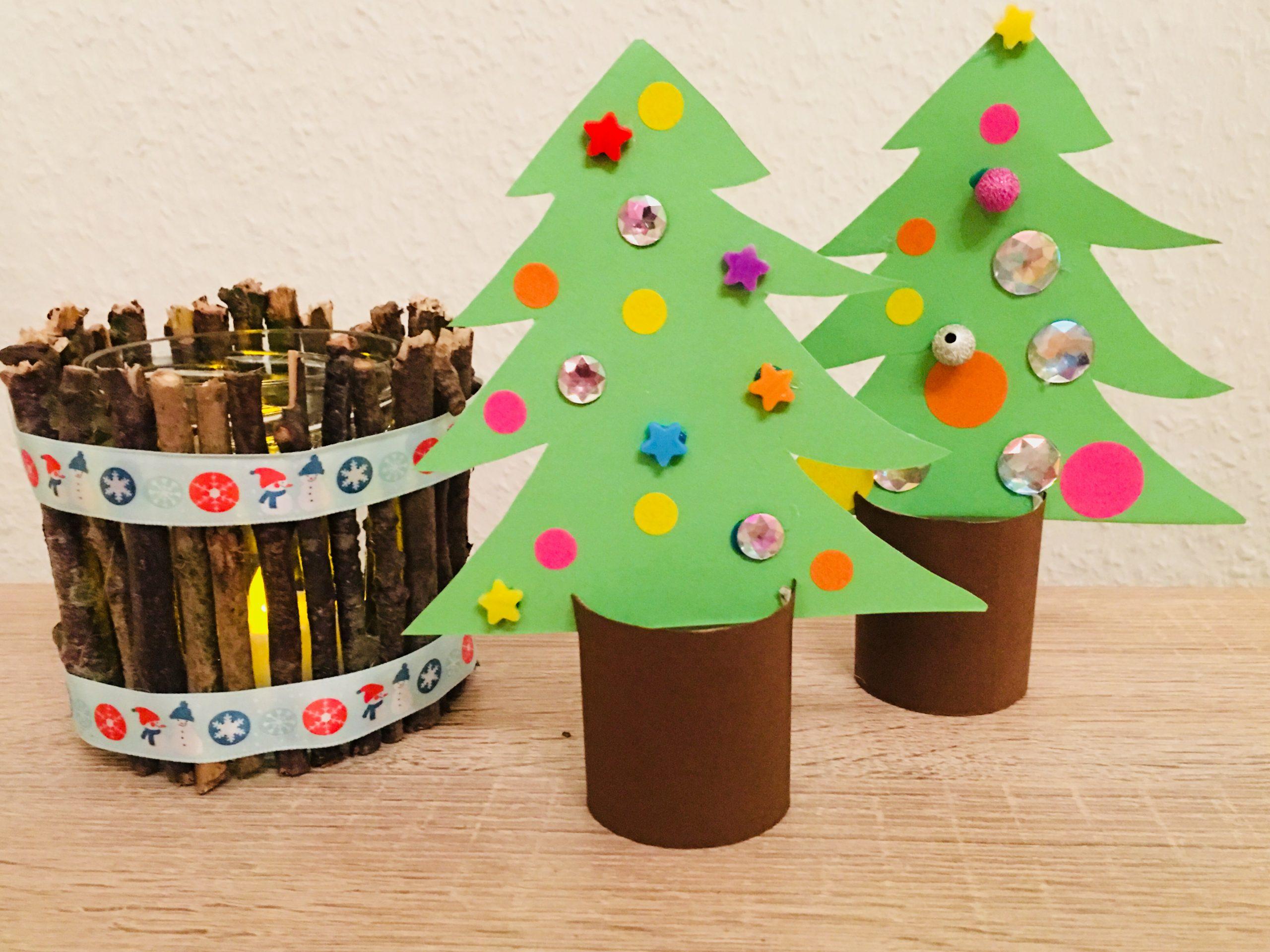 Weihnachtsbäume Aus Toilettenpapierrollen - Basteln Mit für Weihnachtsdeko Basteln Kinder