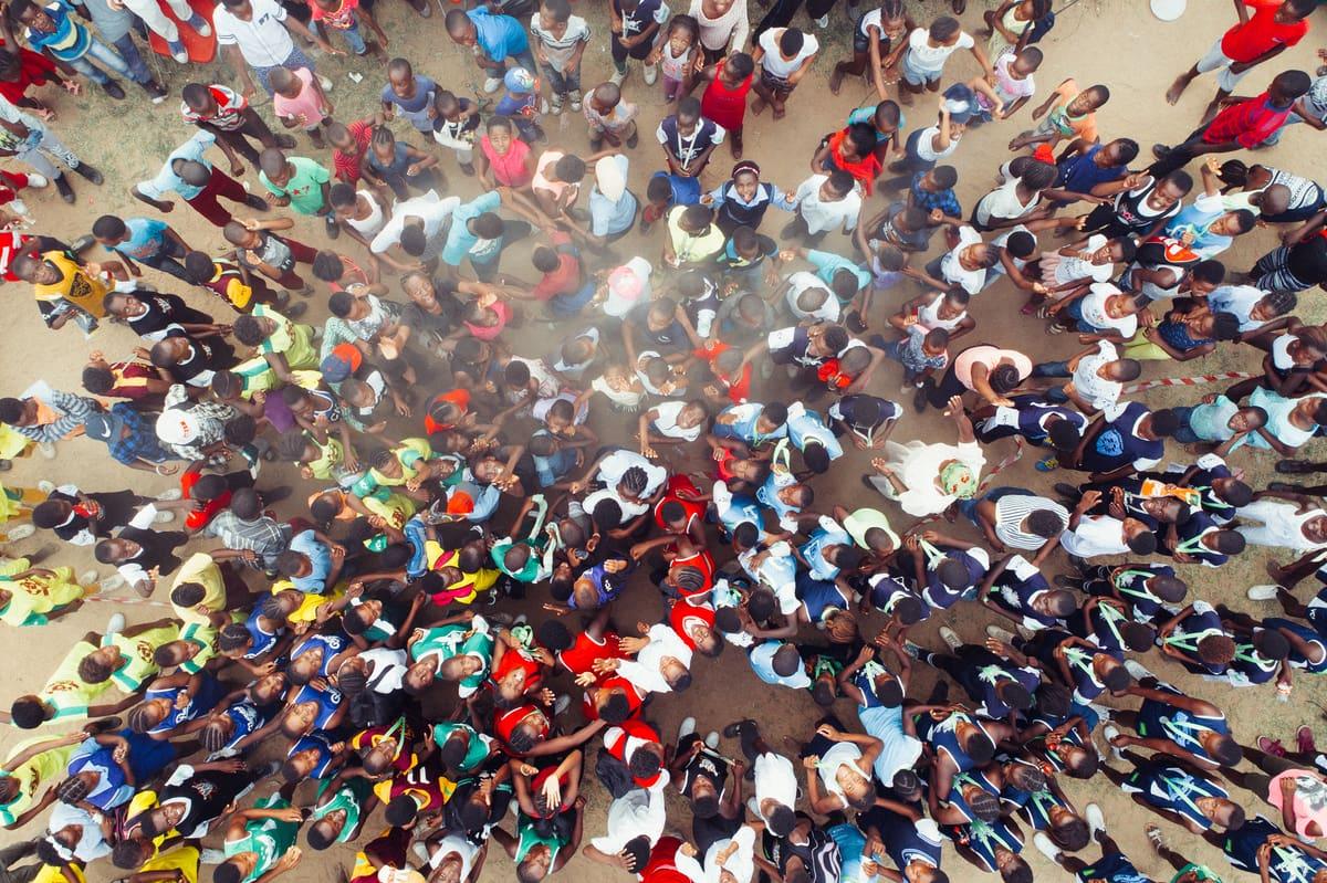 Weltbevölkerung Zu Beginn Des Jahres 2018: 7.591.541.000 bei Wie Viele Menschen Leben Auf Der Erde