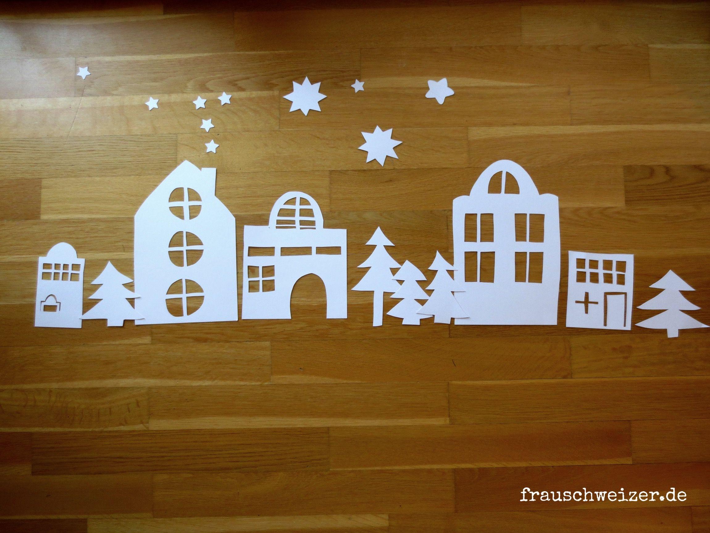 Wie Bastelt Man Das Fensterbild: Häuser Im Winter? | Basteln bestimmt für Fensterbilder Weihnachten Vorlagen Transparentpapier